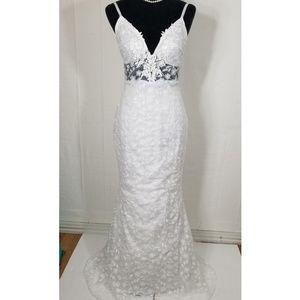 Brand New, Never worn Lace Wedding Dress